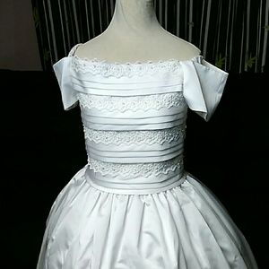 New first communion/flower girl dress